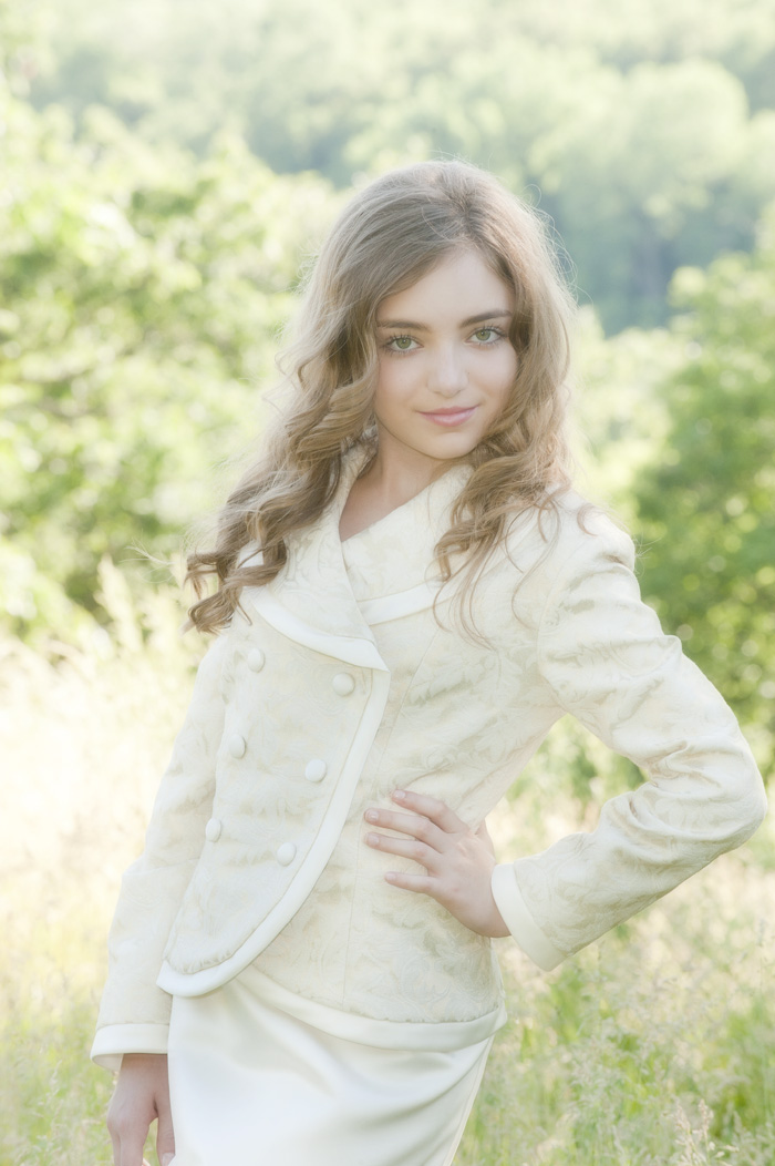 Pretenn Model: Hyperblogal: Pre-teen Modeling