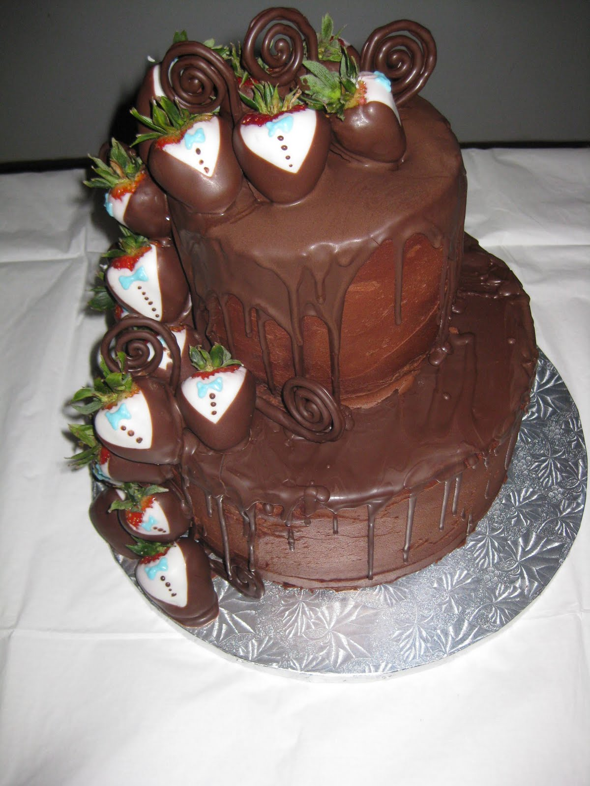 wedding cake grooms cakes etc wedding cake and grooms cake 22790