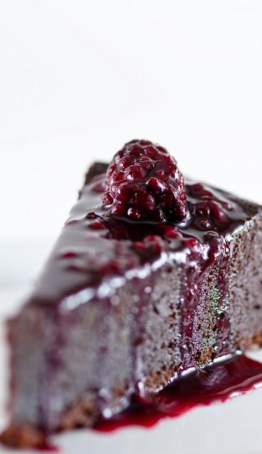 How To Make A Chocolate Orbit Cake