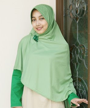 Green Jilbab Model, Muslim Fashion, Busana Muslim, Muslim Gallery