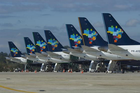 Resultado de imagem para azul linhas aereas brasilia