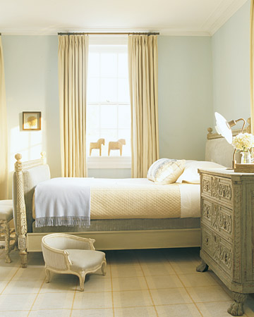 martha stewart bedroom colors today s idea go neutral for a peaceful bedroom decogirl 15971
