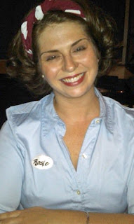 Rosie the Riveter, costume
