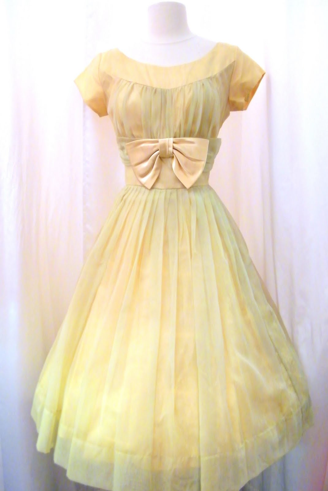 Dirty Fabulous: Fabulous Vintage Dresses just arrived from ...