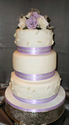 wedding cake how to stack wedding cakes by franziska taller stacked wedding cakes 22855