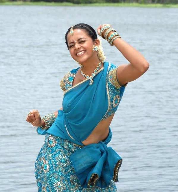 old malayalam actress navel