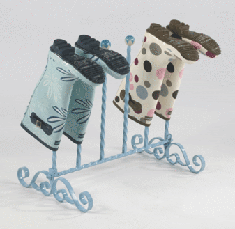 floor boot rack, blue, with 2 pairs of boots, upside down
