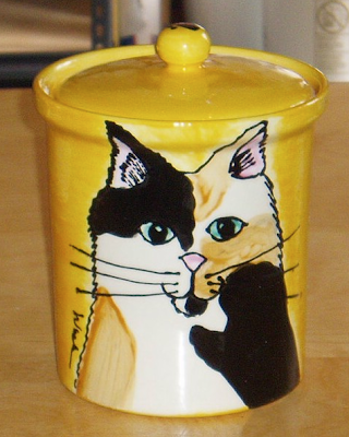 cookie jar (or pet treat jar) with calico cat