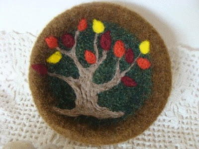 felted bowl, tree with autumn-colored leaves