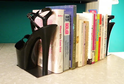 stiletto heel shoe bookends