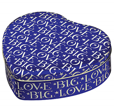 heart-shaped tin with words Big Love