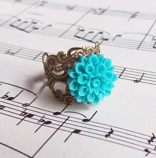image of gretel ring flower cabochon on brass filigree