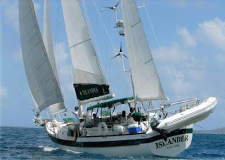 Charter ISLANDER and Learn to Sail
