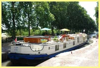 French hotel Barge CLAIR DE LUNE