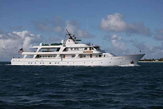 Contact ParadiseConnections.com for 2009 MARCH MADNESS megayacht specials