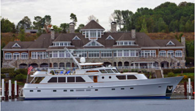 Charter Motor Yacht TRILOGY in the Great Lakes (Lake Michigan) this summer with ParadiseConnections.com Yacht Charters