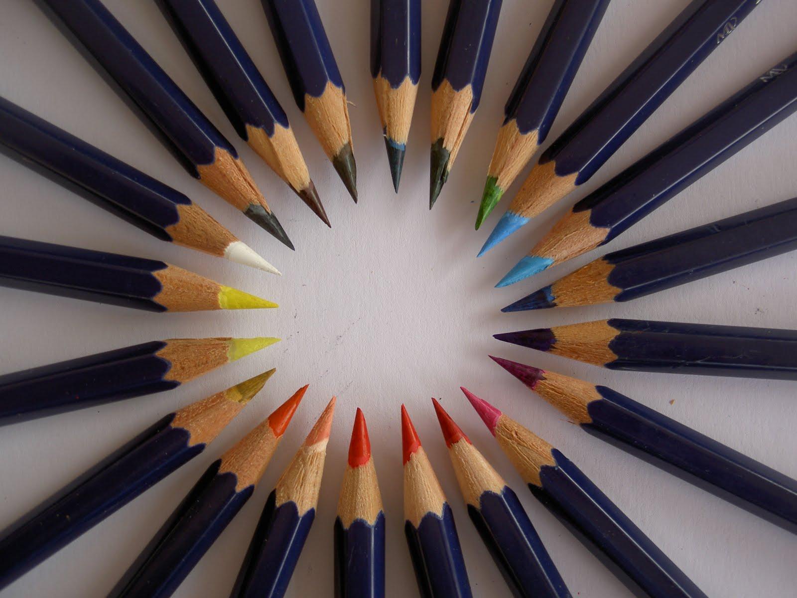 Dibujo De Un Lapiz De Color: LÁPICES DE COLORES