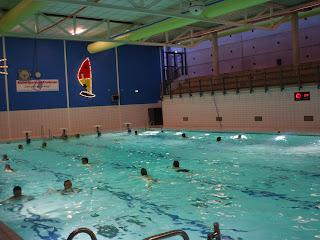 Openingstijden Zwembad Kardinge.Beijumnieuws Lekker Baantjes Trekken In Kardinge