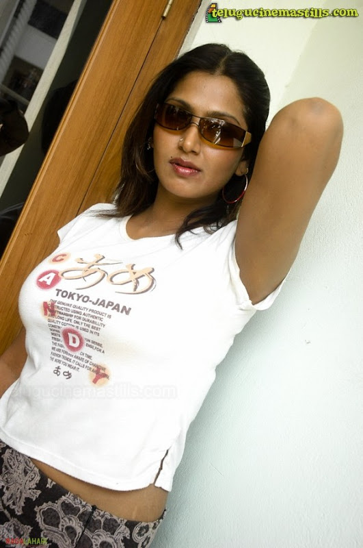 Kollywood Actress Bhuvaneswari Hot & Sexy Photo Shots In White T-shirt