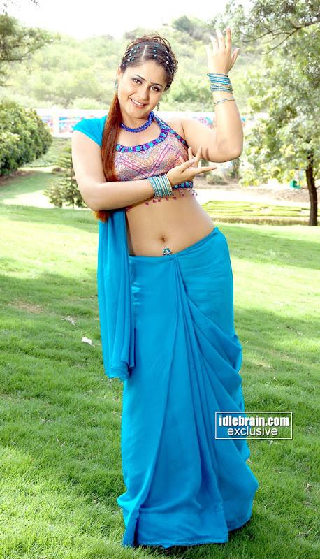 Hot Farzana Actress From South Indian Cinema