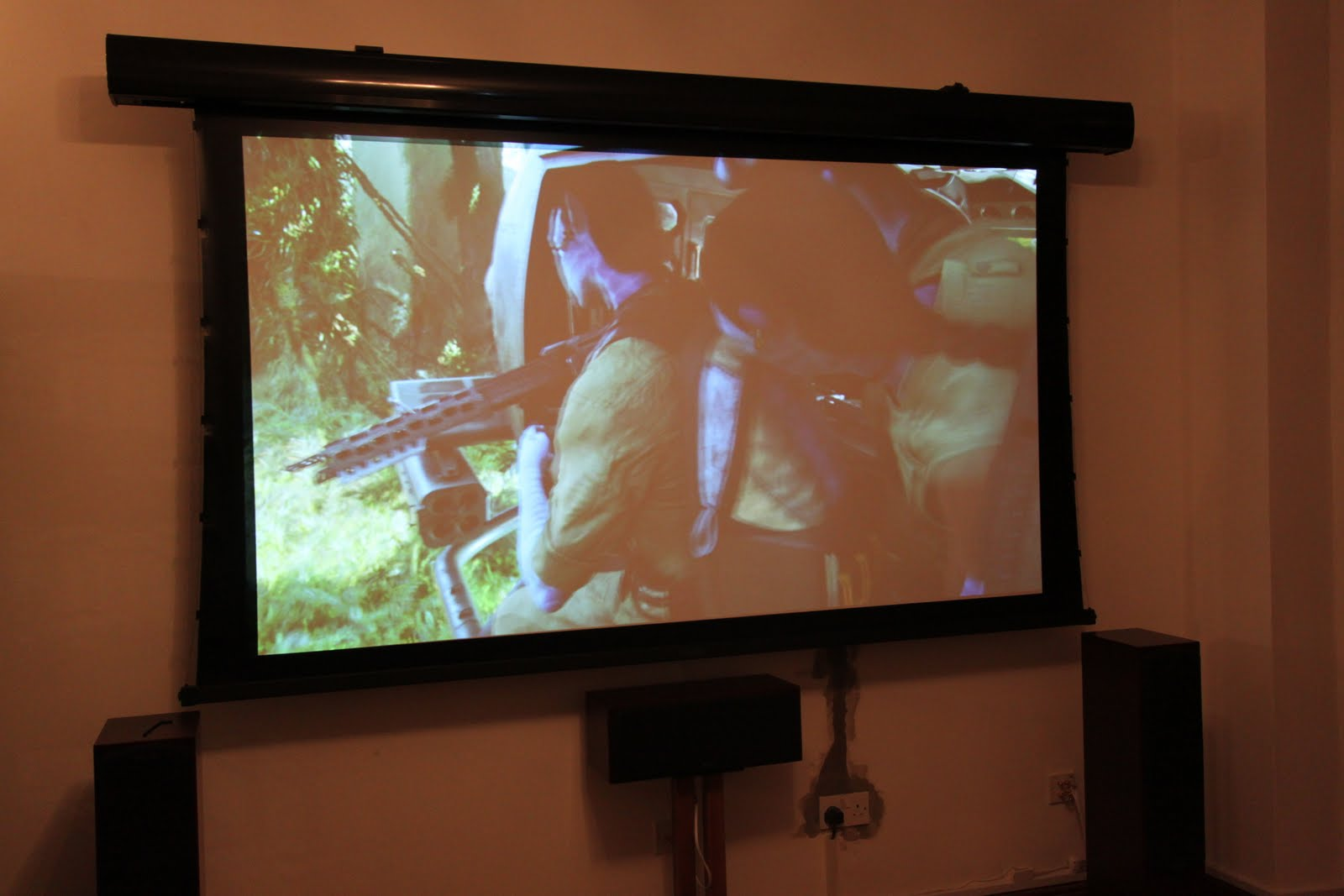 hight resolution of epson 5500 full hd projector a 15m hdmi cable was chased into the wall to the wall mounted projector the home theater was then setup and calibrated