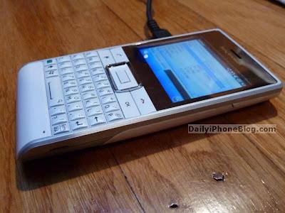 Sony+Ericsson+Faith+01.jpg