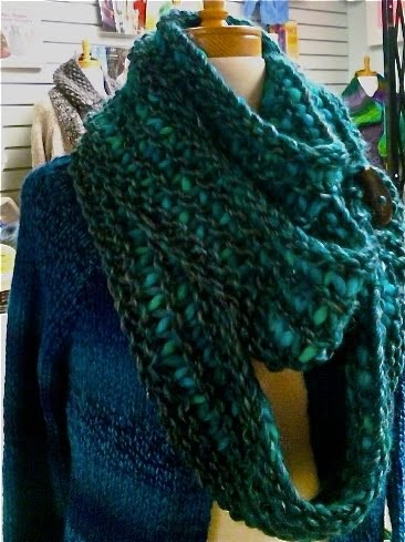 Gina Brown S Yarn Vancouver Triple Loop Button Cowl