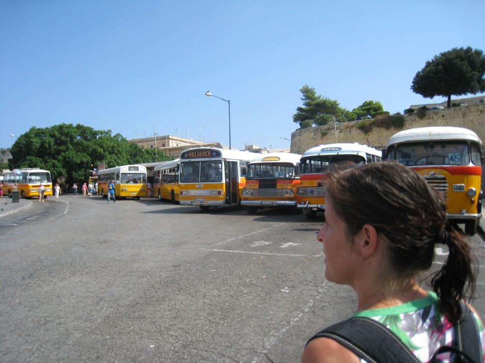 Busbahnhof in Valletta, Malta