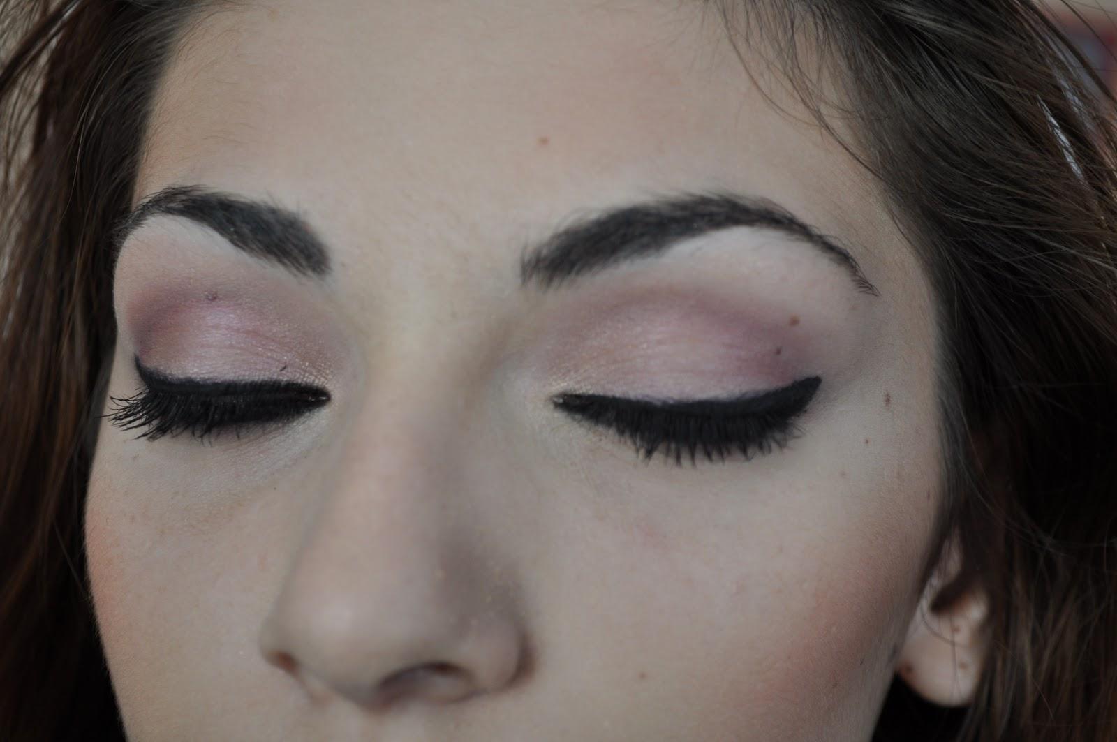 Make Up 4 You Ochi De Pisicamachiaj De Seara