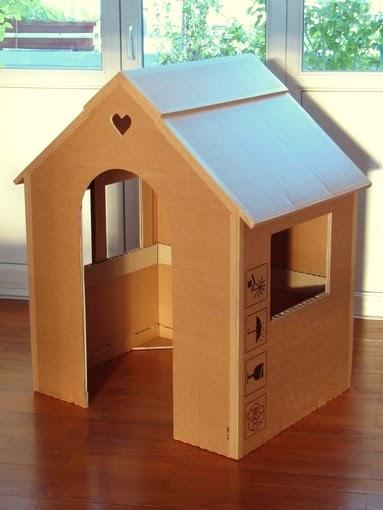 carton bricolage d coration sa maison est en carton. Black Bedroom Furniture Sets. Home Design Ideas