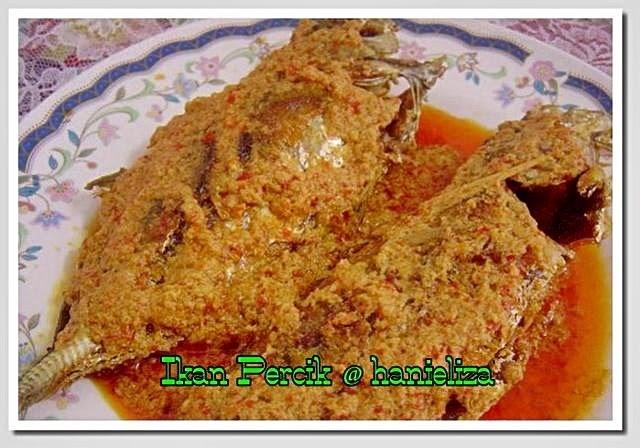 Hanieliza's Cooking: Ikan Percik