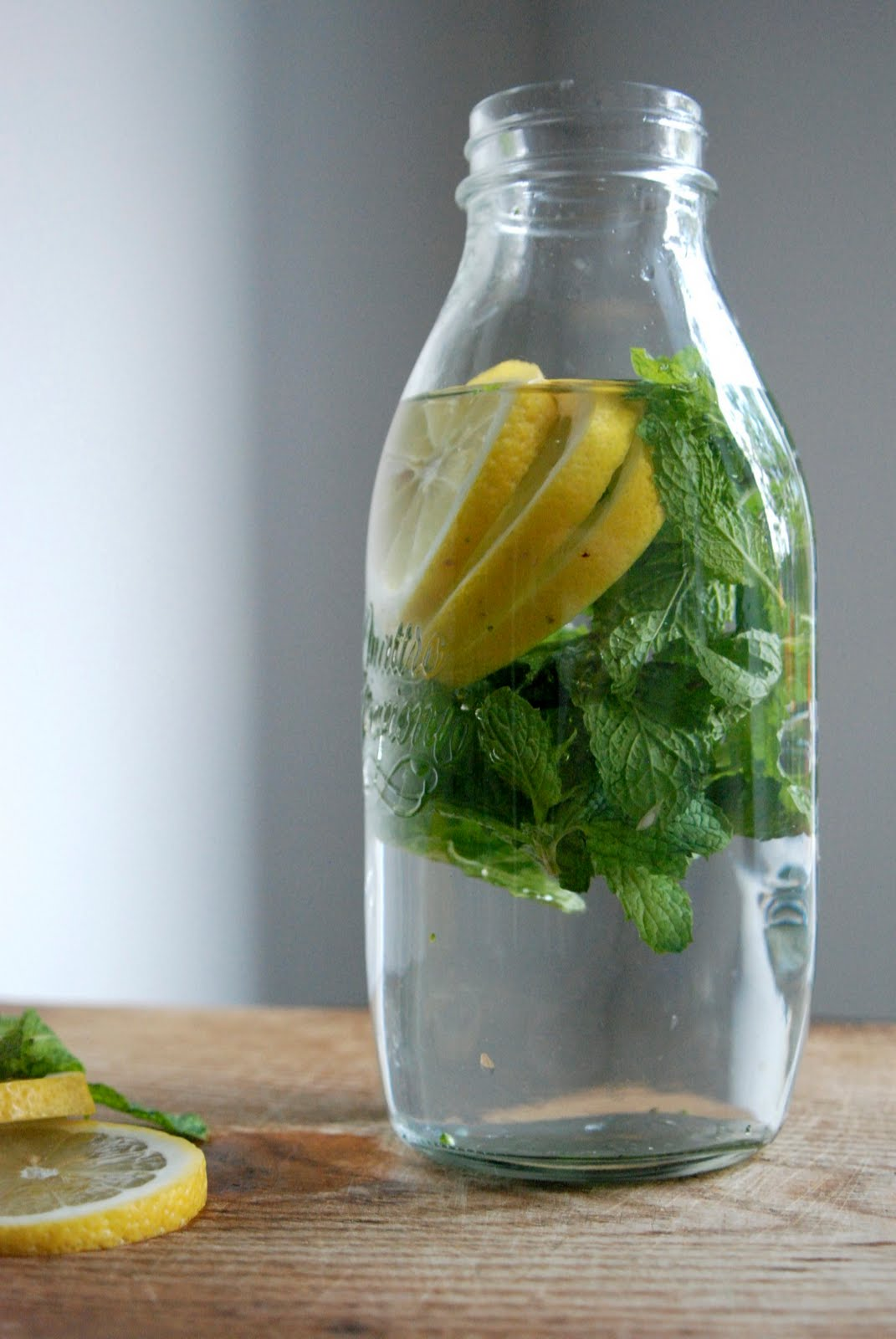 H Om E Lemon Mint Water