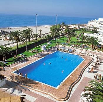 Hoteles en almer a hotel hesperia sabinal hoteles for Hoteles con piscina en almeria