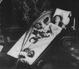 Early Post Mortem Photography: Dead Woman