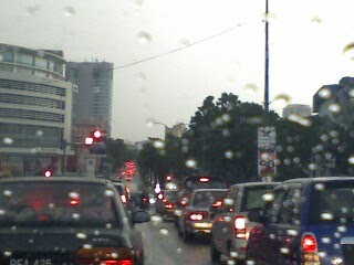Traffic jam during rain at the Rothman circle in Section 19, Petaling Jaya