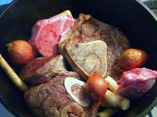 Rindfleischsuppe mit Gemüse  | Arthurs Tochter kocht von Astrid Paul. Der Blog für Food, Wine, Travel & Love