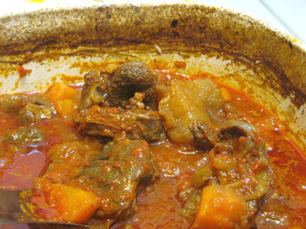 我在花蓮的生活: 匈牙利燉牛肉 Goulash 烤箱懶人版