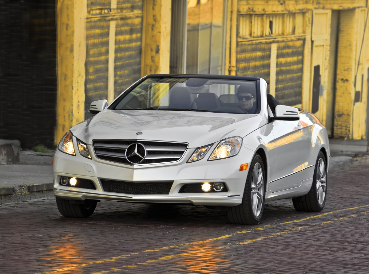 mercedes benz e class cabriolet in india specs price today24news. Black Bedroom Furniture Sets. Home Design Ideas