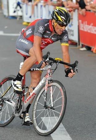 c5e40ef5d86 As bicicletas Speed tem a geometria muito diferente das Time Trial