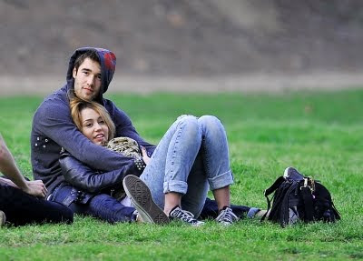 joshua bowman and miley cyrus relationship with parents