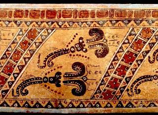 """Imagen la """"rosita de cacao"""" en vasijas mayas."""