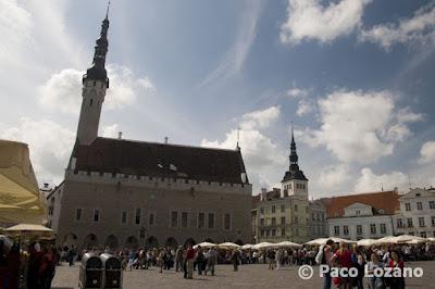Plaza del Ayuntamiento de Tallin