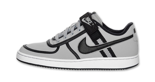 size 40 bf433 32419 Dont worry fellas, Nikes whipped up a pair of Vandals for you as well.