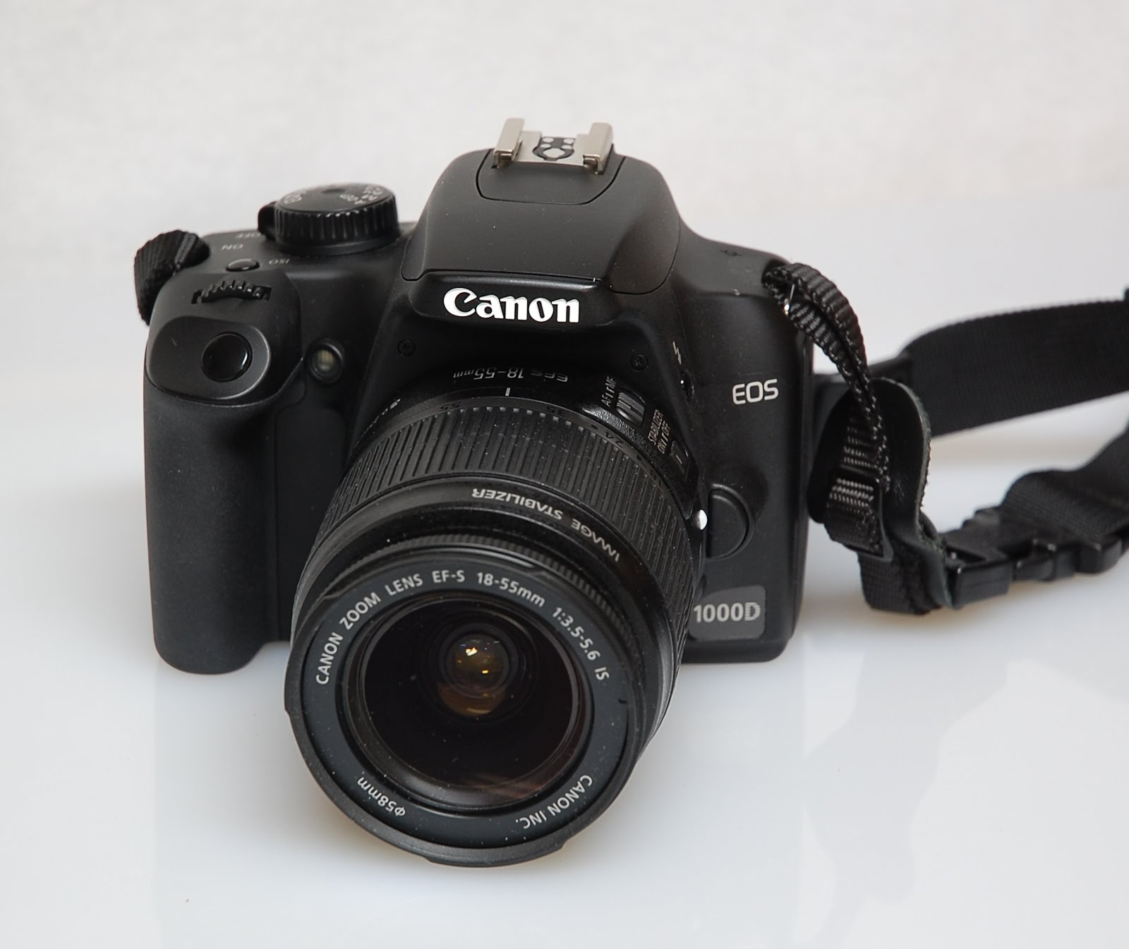 The new Canon 1000d is the DSLR level of new entry. This is the 10  Megapixel digital cameras known as Digital Rebel XS. The Latest D-SLR EOS  Canon 1000d ...