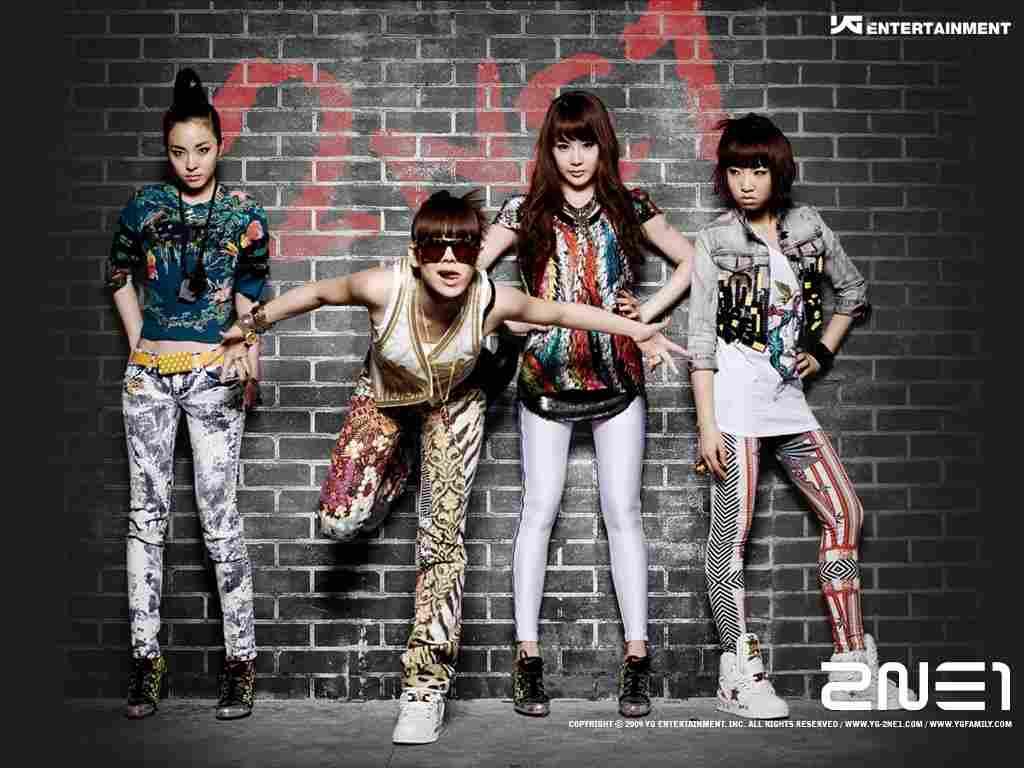 K-Pop Groups Fashion