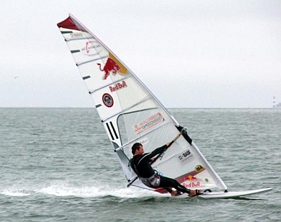 Top-10 tips for beginning speed windsurfers in 2010