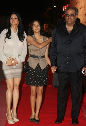 Bollywood Star Kids: Sridevi With Daughter Jhanvi at the Premiere of