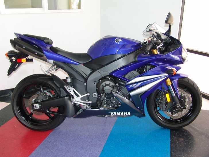 2007 yamaha yzf r1 blue sport bike for sale. Black Bedroom Furniture Sets. Home Design Ideas