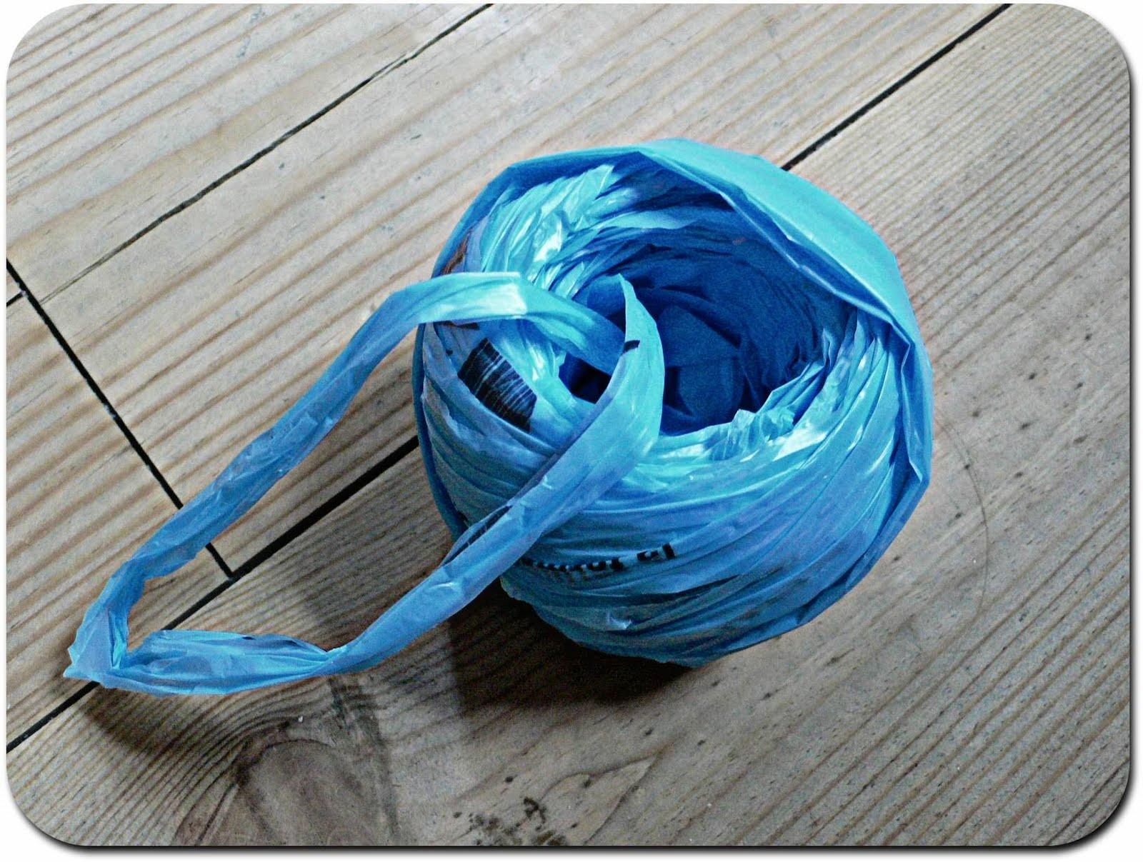 isabelle kessedjian tuto crocheter du plastique. Black Bedroom Furniture Sets. Home Design Ideas