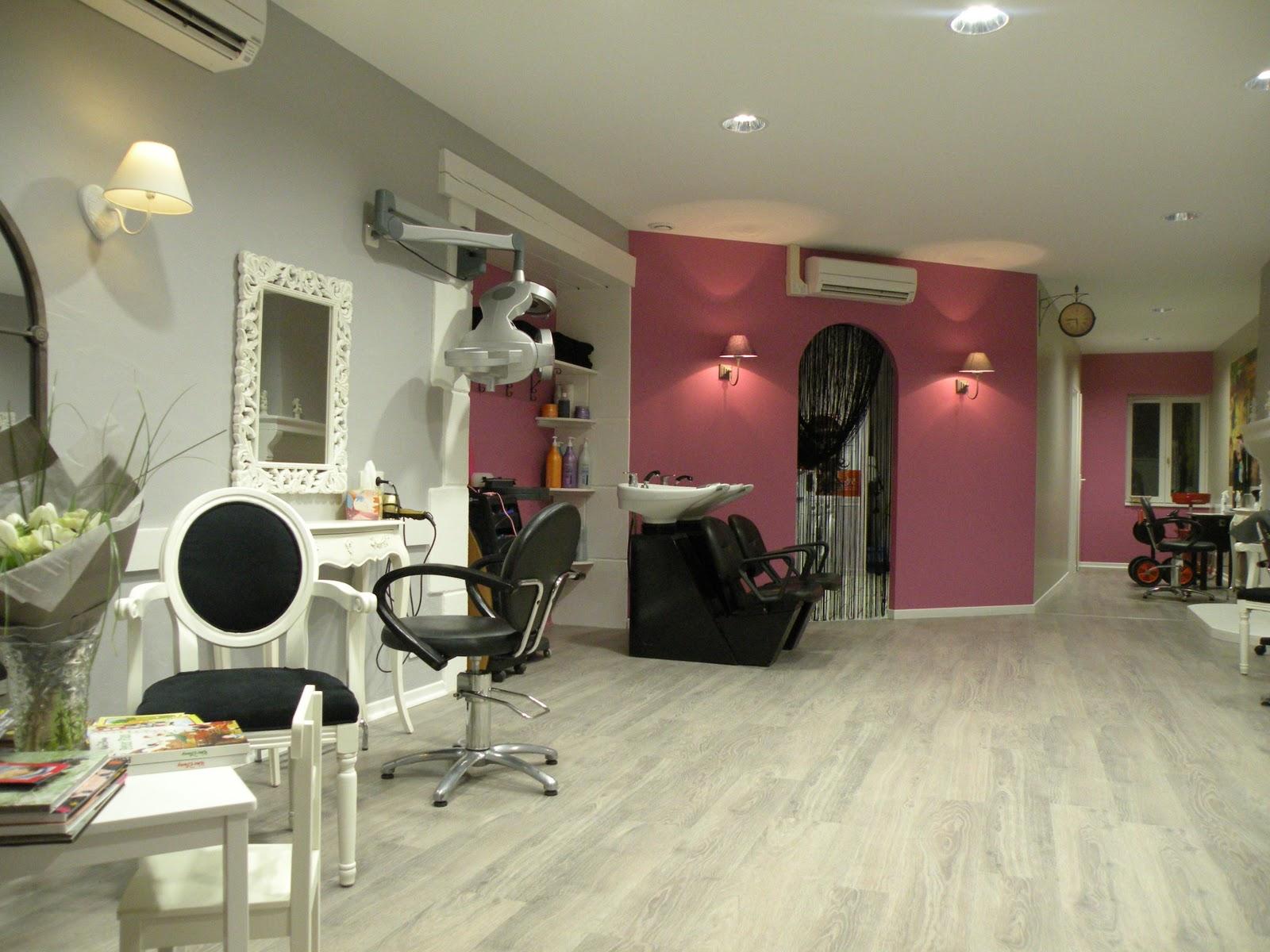 deco petit salon de coiffure. Black Bedroom Furniture Sets. Home Design Ideas